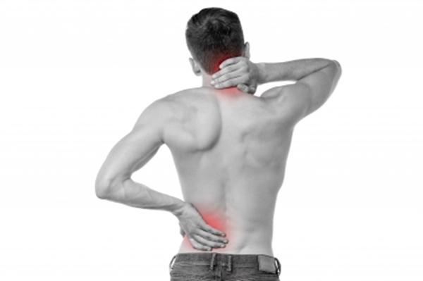 minden ízület és a hát alsó része fáj