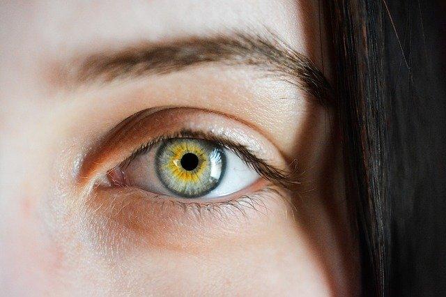 A száraz szem homályos látása - Hogyan ismerjük fel a leggyakoribb szembetegségeket?