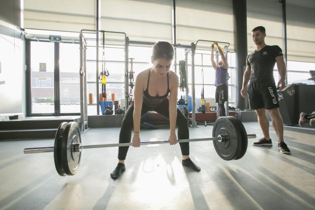 Life1 Fitness - Súlyemelés