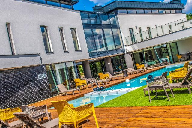 Open Hotel - saját szabadtéri medencével