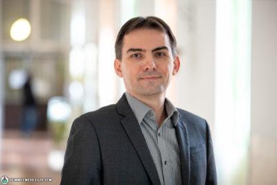 Dr. Besenyei Attila