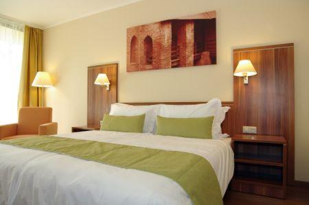 hotel_gyula_szoba