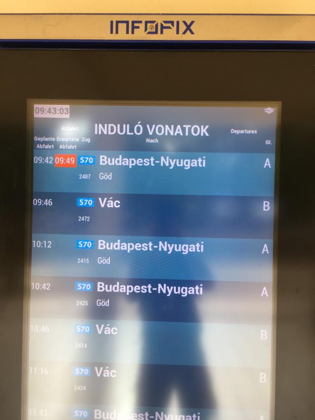 Induló vonatok információ