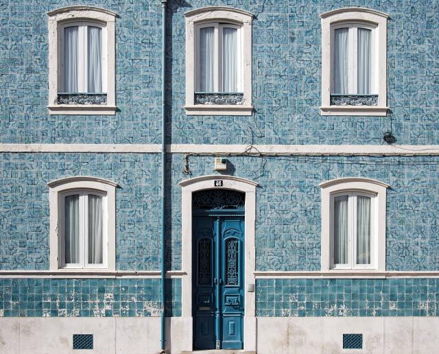 Kék, mintás ház