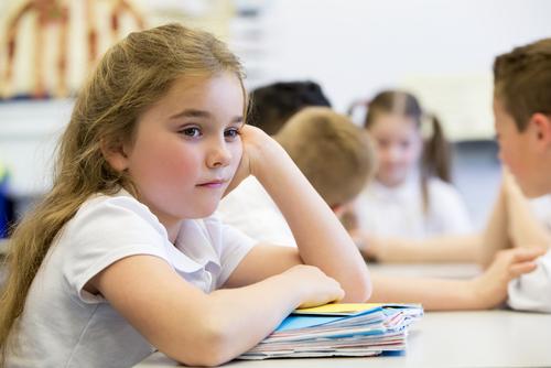 Kislány az osztályban