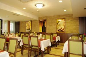 Hotel Gyula büfé étterem