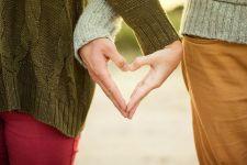 Így fejlődik egy párkapcsolat. Ti melyik szakaszban jártok?